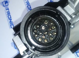 Sterownik skrzyni biegów stronic DL501 wymiana pinów.